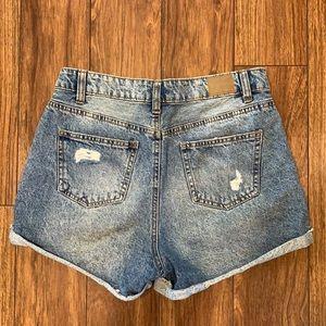 🌻3/20 BlueNotes cute high rise jean shorts